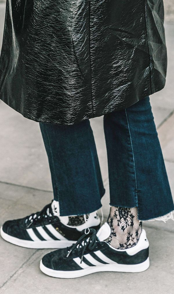easy styling trick - adidas gazelle sneakers