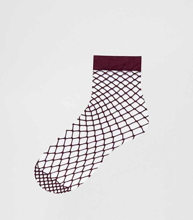 ASOS Oversized Fishnet Ankle Socks in Berry