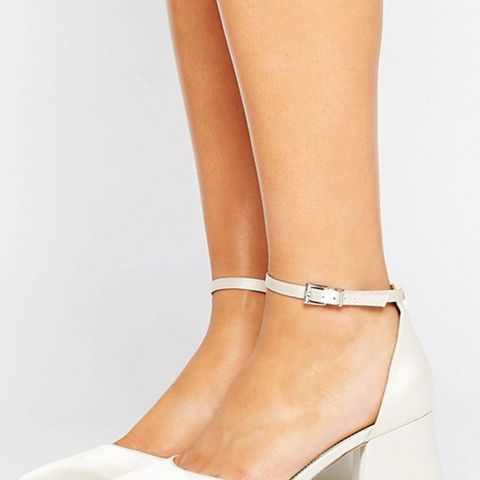 Starling Wide Fit Bridal Pointed Heels