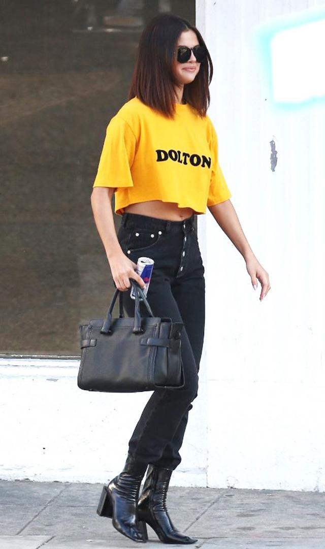 7 Things Selena Gomez Never Wears Anymore