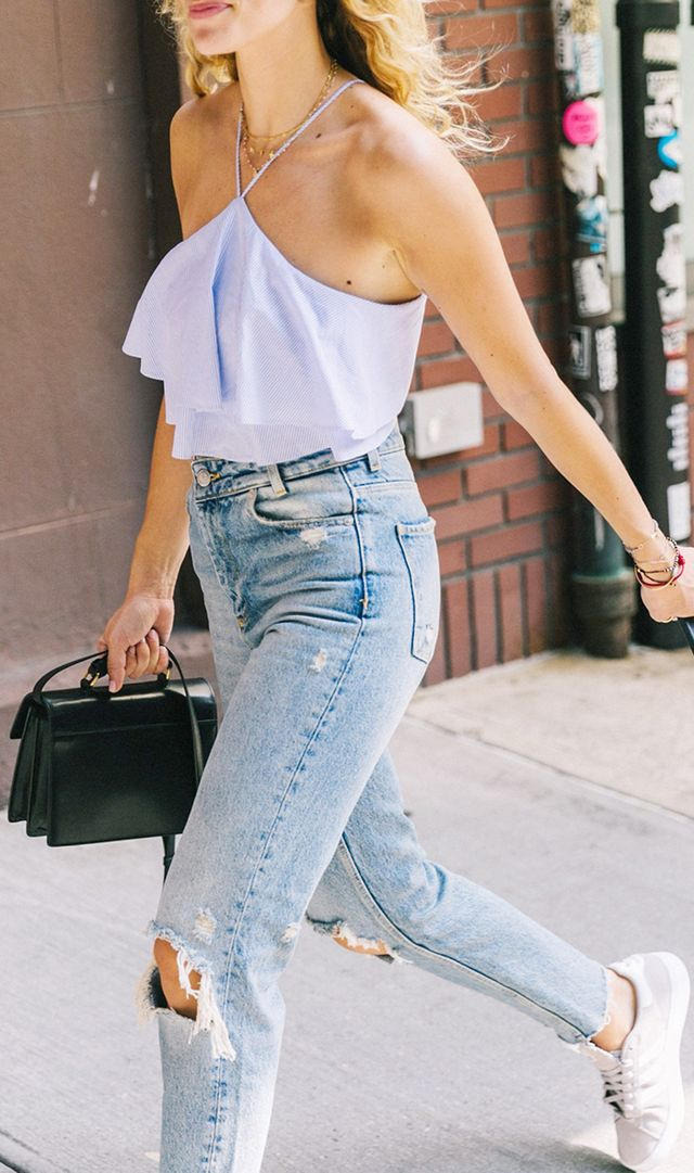 spring outfits - top and jeans