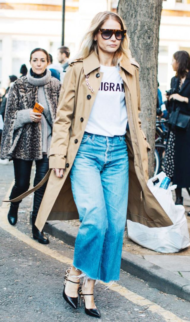 spring outfits - trench coat and jeans