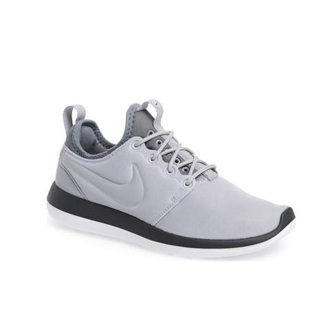 Roshe Two Sneakers