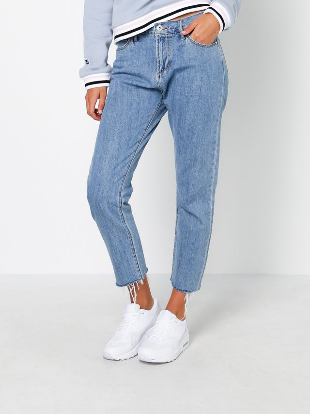 Articles of Society Lisa High Rise Mom Jeans