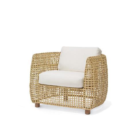 Vero Lounge Chairs