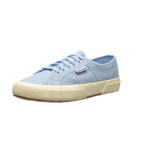Cotu Classic Sneakers in Light Blue