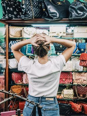 5 Secret Ways the Girls We Know Shop eBay Like Total Pros