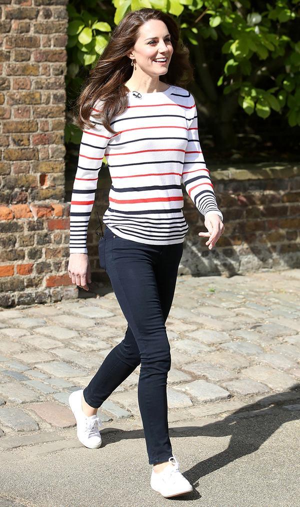 Striped Pullover + Dark Skinnies + White Sneakers