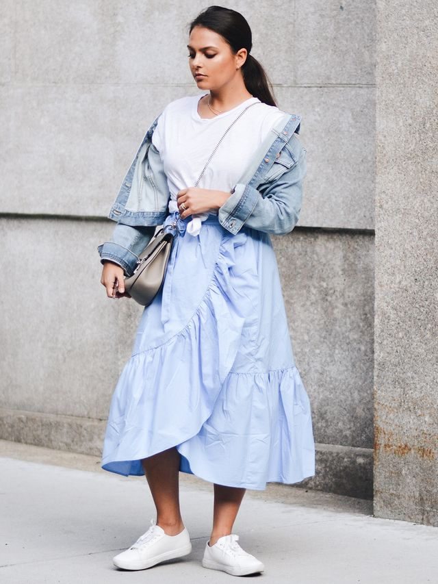 Ruffle skirts are undoubtedly one of spring's biggest trends, but St. George's style tends to veer away from the frills and toward more minimalistic pieces. Incorporating something so...