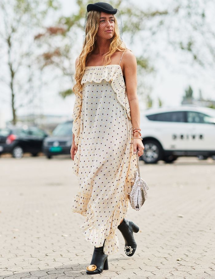 Emili Sindlev style: polka dot dress