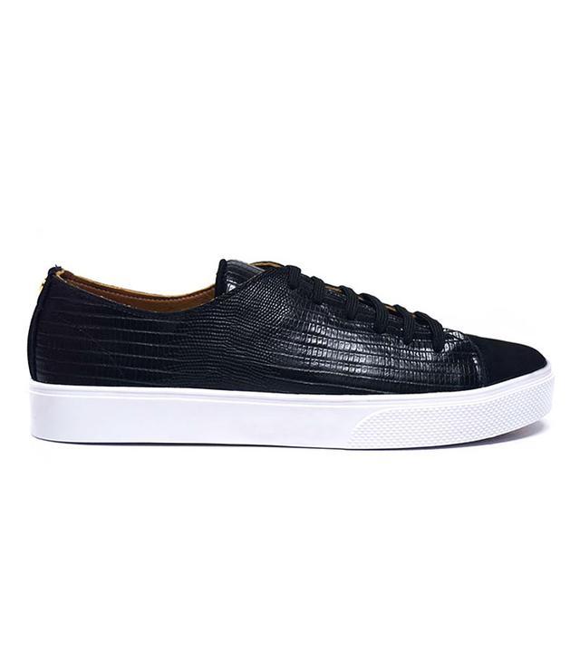 most popular sneakers on pinterest- kaanas Atacama Black Sneakers
