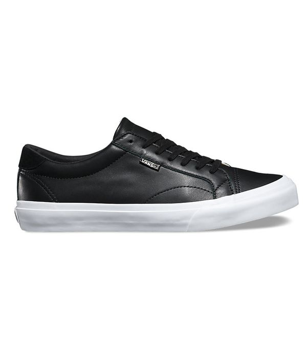 best black sneakers- vans leather court dx