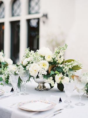 Why Vintage Décor Is the Secret to Creating a Memorable Wedding