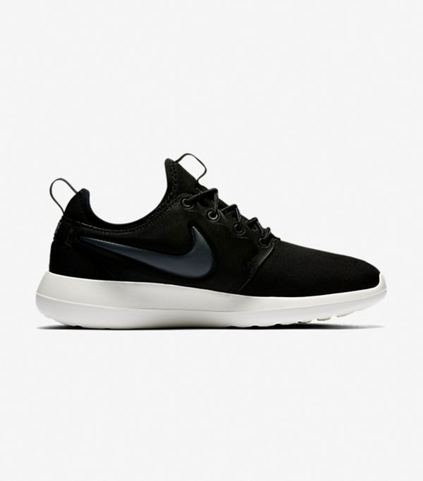 best workout sneakers - Nike Nike Roshe Two