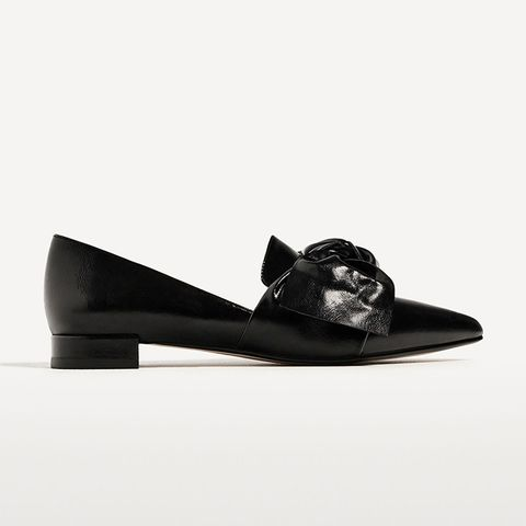 Flat Shoes With Bow Detail