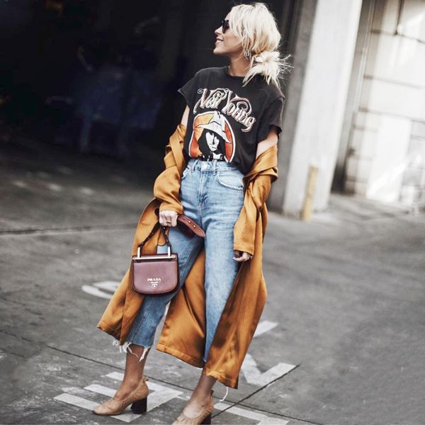 Sometimes, we actually can stay in the comfort of our kimono or robe well into the day, by pairing it with a graphic tee and skinny jeans. The effortless way this piece flows as you walk...