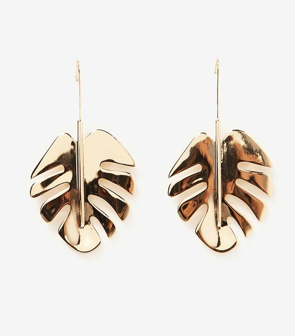 Zara wedding guest outfits gold leaf earrings