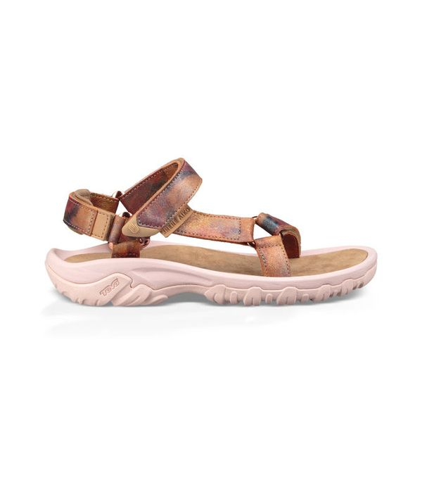 Buying These New Rose Gold Sandals Made Us Feel 10x Cooler