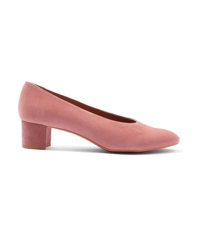 Topshop Jury Mid Heel V-Cut Court Shoes