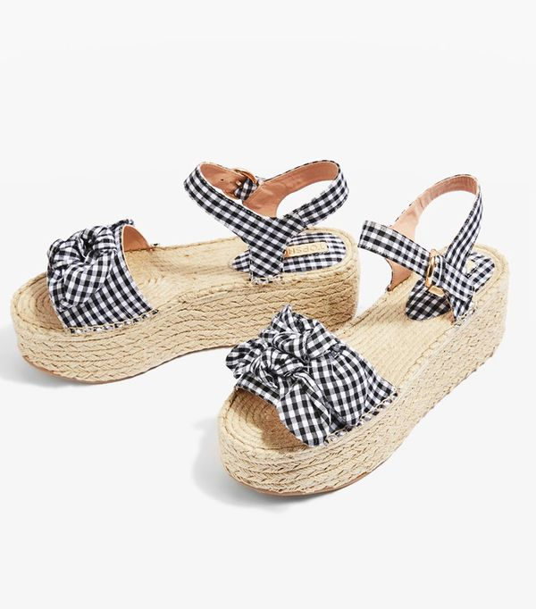 Topshop trends 2017: gingham bow wedges