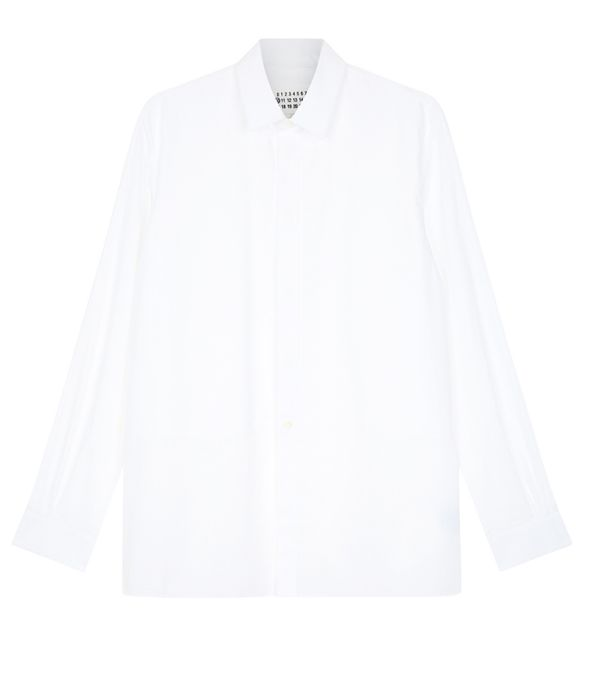 What to wear with a pleated skirt: white shirt
