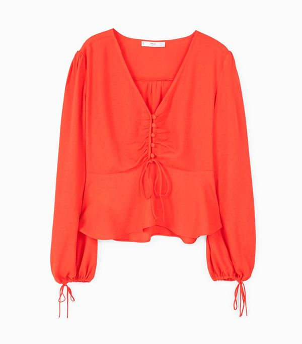 Colour Trends 2017: Mango red blouse