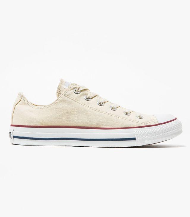 Best Old School Sneakers: Converse chuck taylor