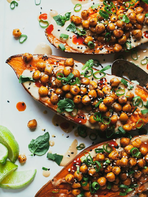 This Is Exactly What You Should Eat When You're Bored, Says a Nutritionist