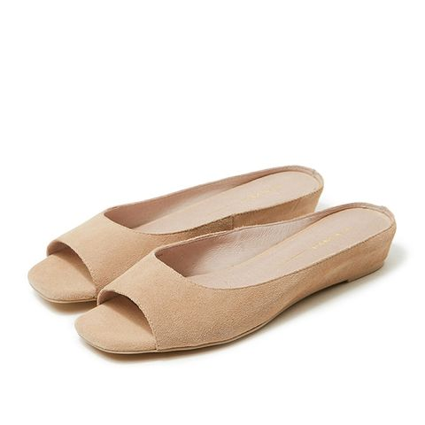 Slipper in Sand Leather