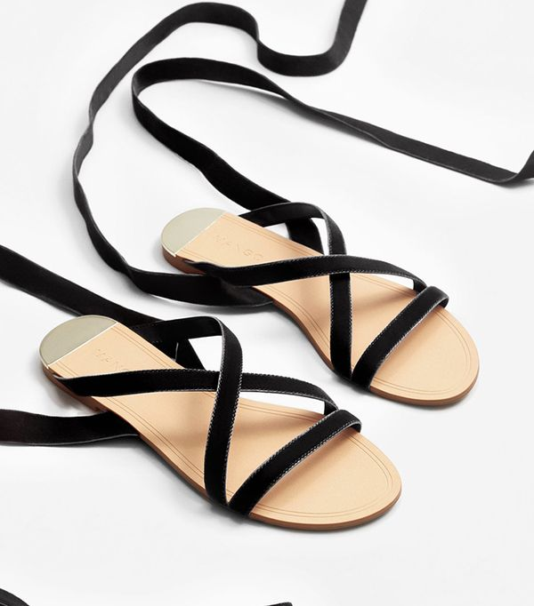 what to pack for a European vacation - sandals