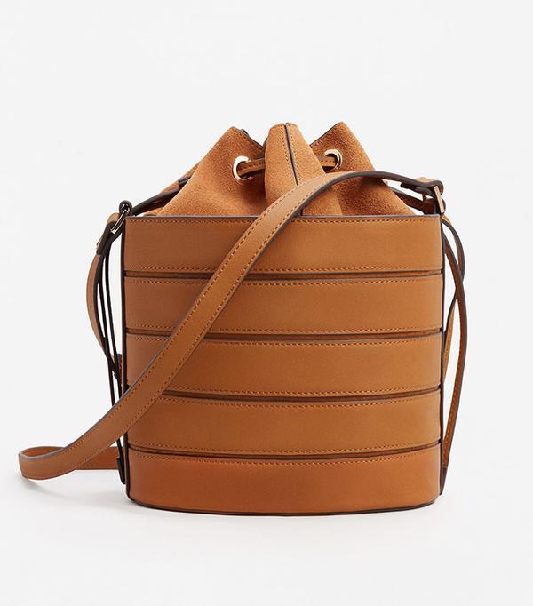 San Francisco street style - Mango Leather Bucket Bag