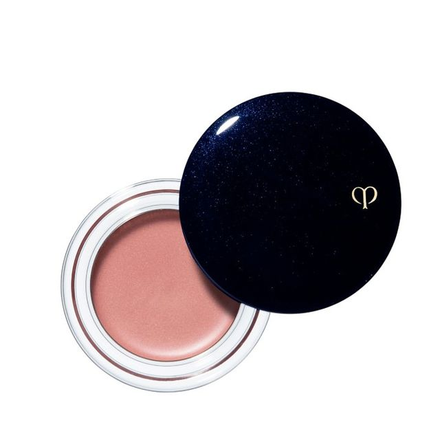 how to apply copper eyeshadow: Clé de Peau Beauté Cream Blush
