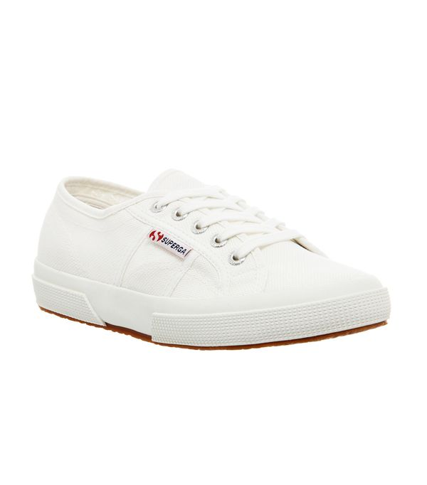 Celebrities wearing trainers: Superga white trainers