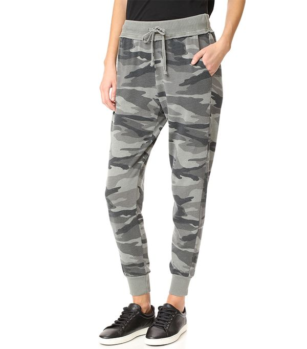 athleisure trend - Splendid Camo Active Jogging Pants