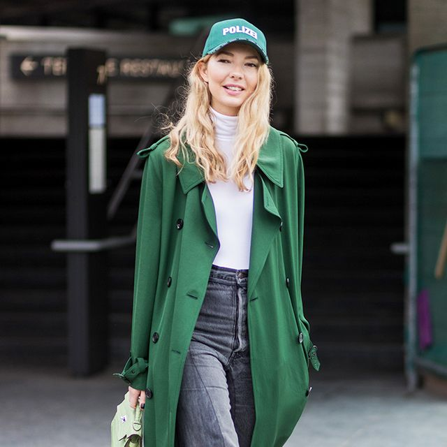 """Dad Hats"": How Fashion Girls and Celebs Pull Off the Trend"