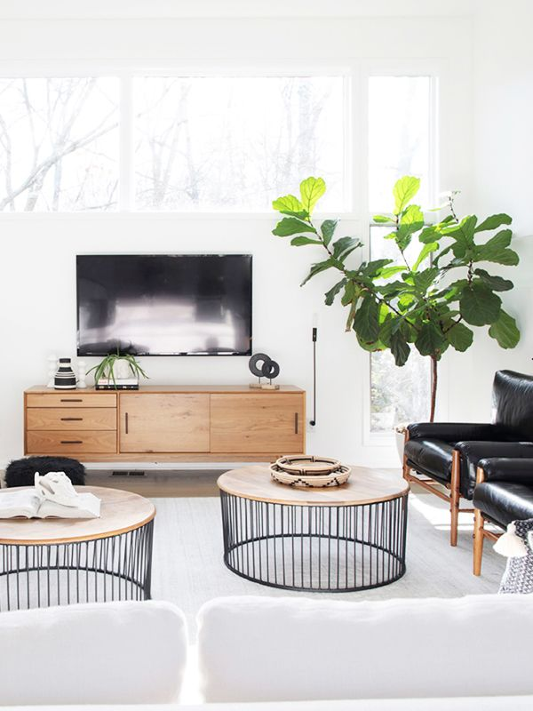 feng shui living room furniture. A Feng Shui Healer Thinks Your Living Room Is Missing These 3 Things | MyDomaine Furniture T