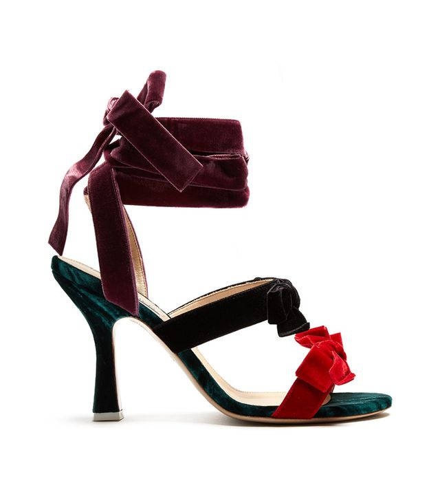 How to Take Instagram Outfit Photo Tips: Attico Diletta Bow-embellished Velvet Sandals