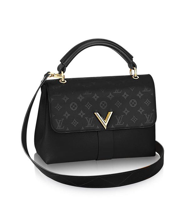 what to wear to Disneyland - Louis Vuitton Very One Handle Bag
