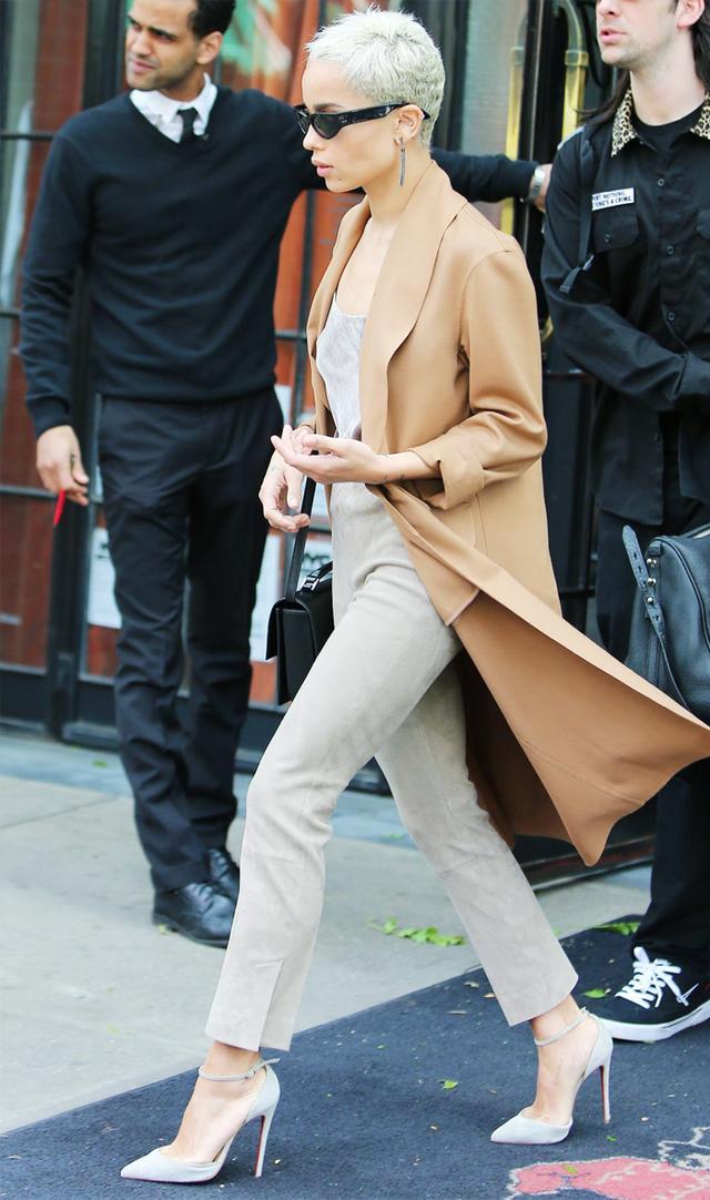 Zoe Kravitz camel coat and skinny