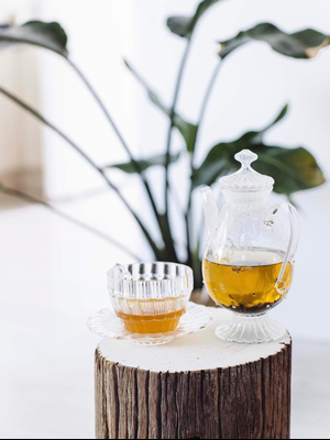 """A Foodie Shares the Tea That Cured Her Allergies: """"I'll Never Stop Drinking It"""""""