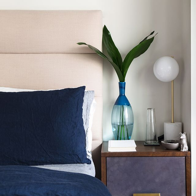 This Is How a West Elm Pro Decorates a 495-Square-Foot Apartment