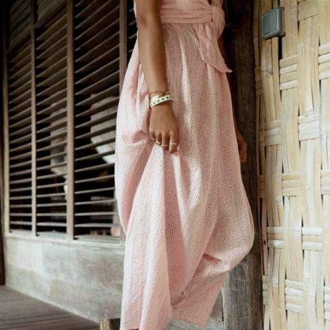 How to wear espadrilles: lace-ups with a maxi dress