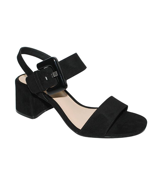 Who What Wear Anastasia Buckle Strap Sandals in Black