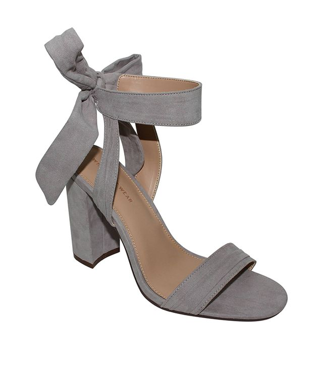 Who What Wear Michaela Block Heel Quarter Strap Sandals in Grey