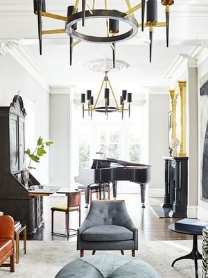 Inside a Striking Townhouse in San Francisco's Most Famous Neighborhood