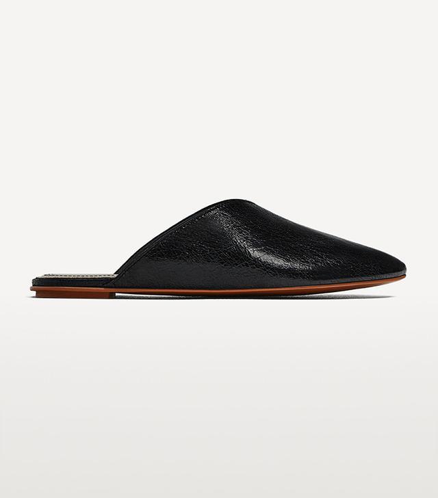 shoe trend - Zara V-Cut Leather Slides