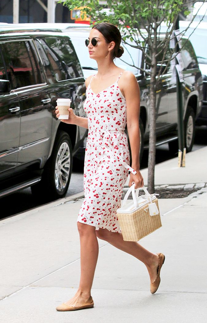 The Shoes Celebrities Wear With Summer Dresses Who What Wear