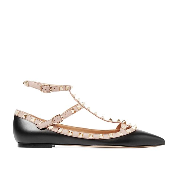 Heatwave Fashion:  The Rockstud Leather Point-toe Flats