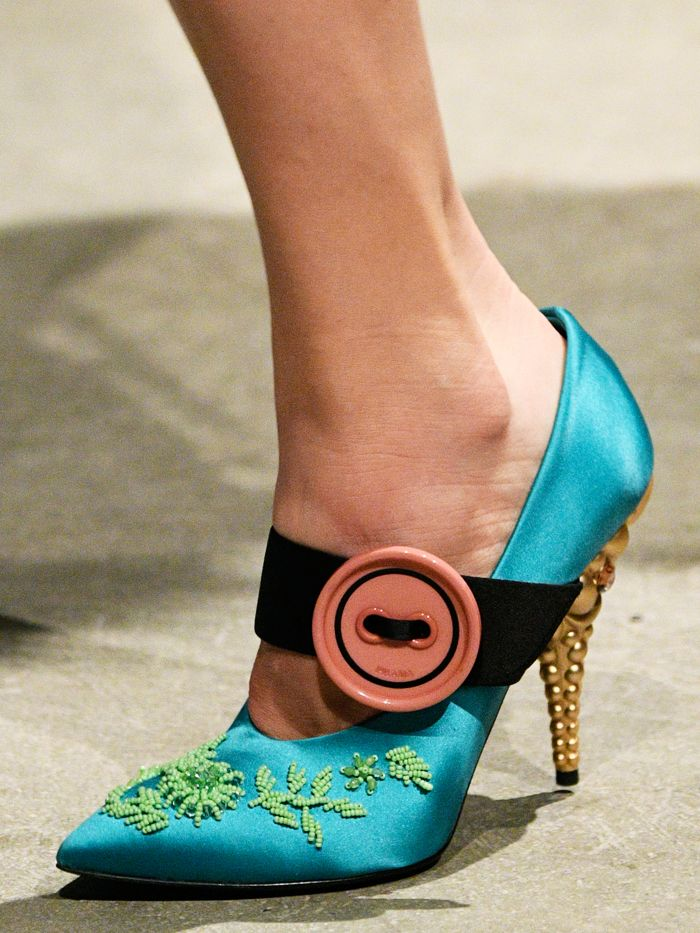 Shoe Trends for Autumn/Winter 2017 - Architectural heels at Prada