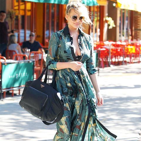 Chrissy Teigen Style